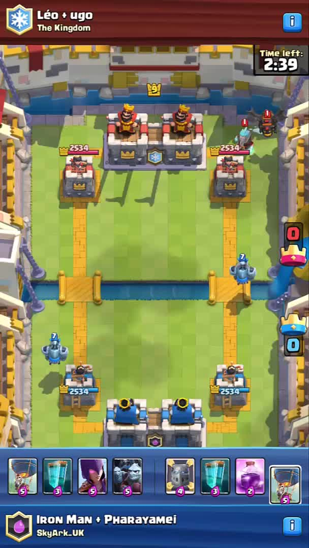 Watch and share Balloon Clone GIFs and Clashroyale GIFs on Gfycat
