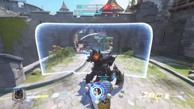 """Watch and share """"McCree Behind"""" GIFs on Gfycat"""