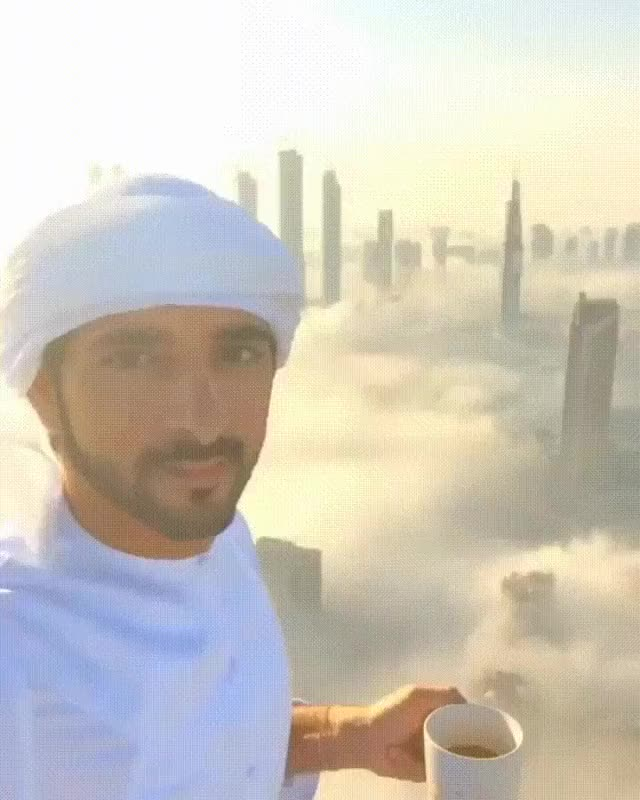 Watch On an arabian skyscraper GIF by @jesusmanero on Gfycat. Discover more related GIFs on Gfycat