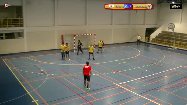 Watch X Edição Corporate Futsal League 1ªDiv 4ªJorn Taliscas vs Velha Guarda 3 - 7 GIF on Gfycat. Discover more Liga_Corporate_Futsal_Linksport, Link Sport, People & Blogs, basketball GIFs on Gfycat