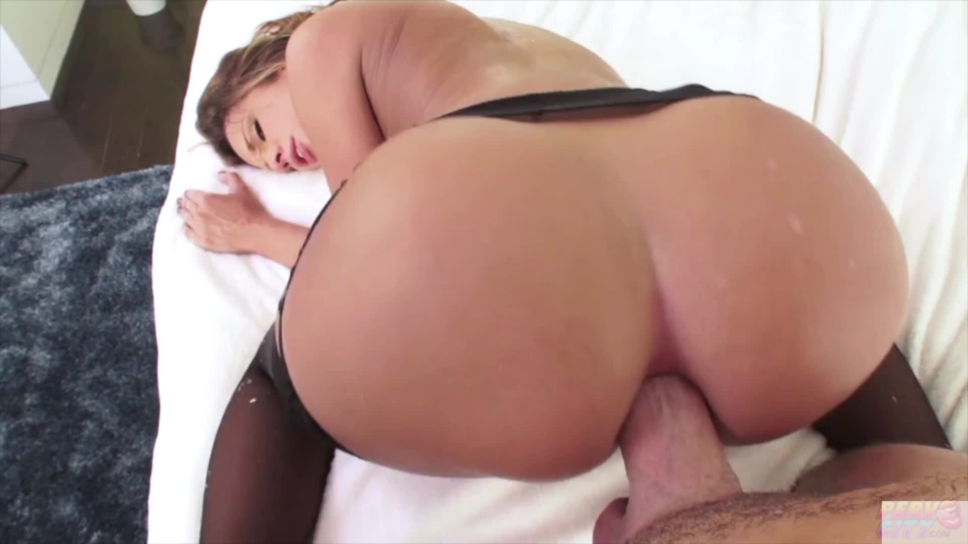 Watch rubbing her clit to orgasm erotic gif best porn gifs