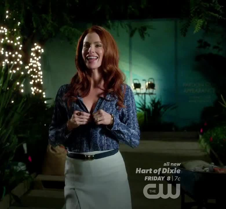 BridgetRegan, SexyWomanOfTheDay, Bridget Regan in 'Jane the Virgin' [S01E12] GIFs