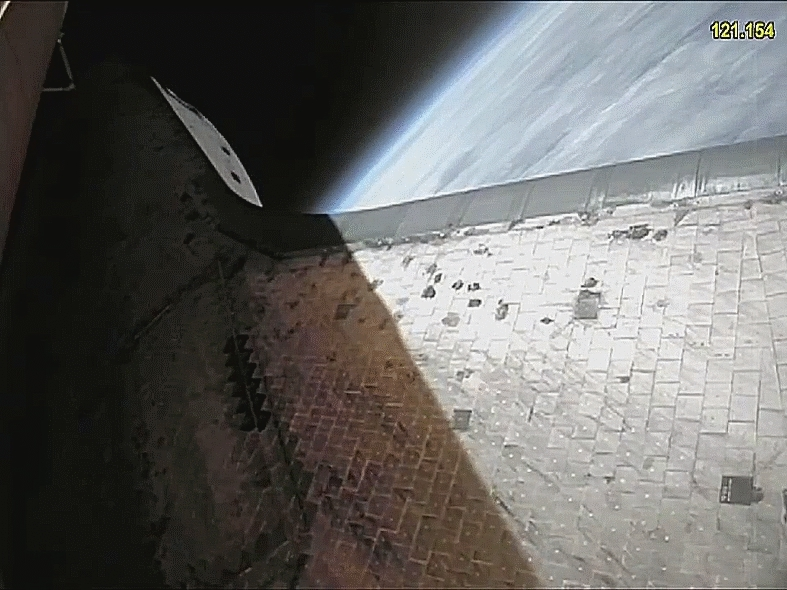 SpaceGifs, spacegifs, SRB separation from Atlantis on the final space shuttle mission, STS 135 (reddit) GIFs