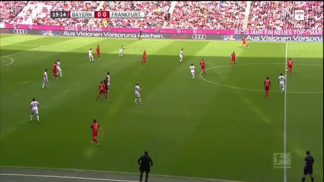 Watch and share Eintracht Frankfurt GIFs and Bayern München GIFs by tobee8 on Gfycat