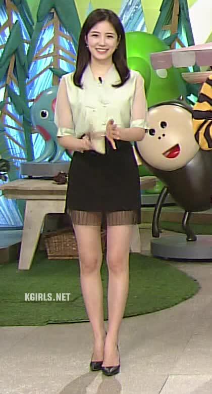Watch and share Jang Ye Won-200510-6-www.kgirls.net GIFs by KGIRLS on Gfycat