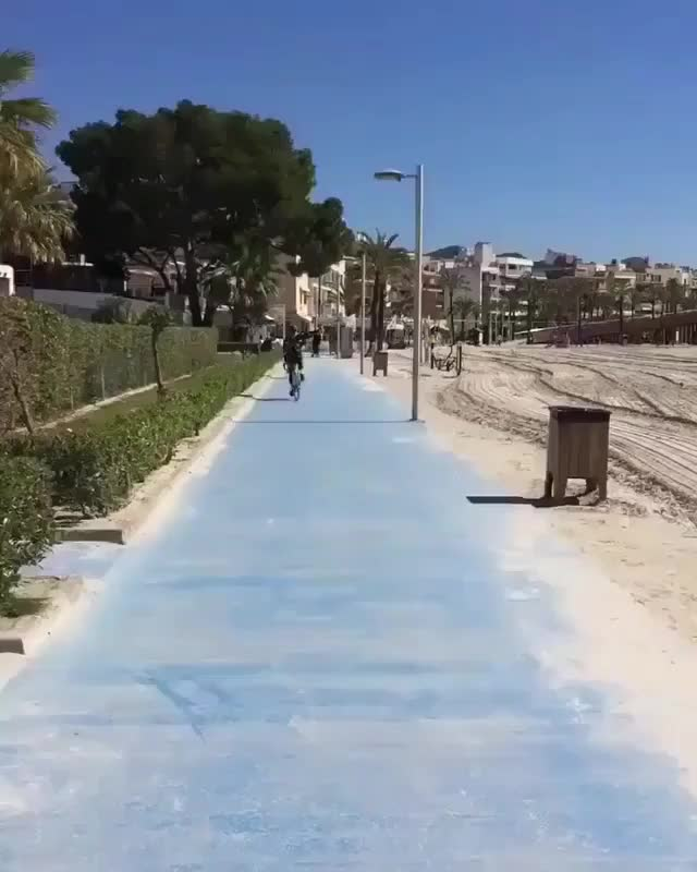Watch and share Bicycling GIFs and Beach GIFs by yourawesome on Gfycat