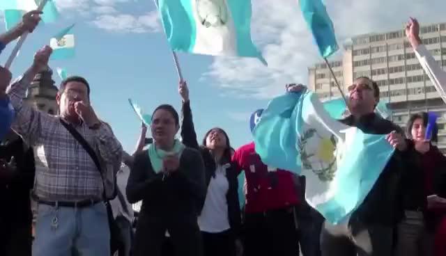 Guatemala, Otto Pérez, Presidente, Renuncia, Guatemala celebra renuncia GIFs