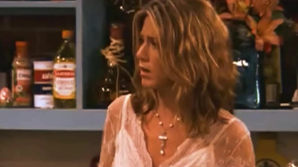 GIF Brewery, angry, aniston, cry, disappointed, divorce, friends, funny, gif brewery, jennifer, jennifer aniston, justin, mad, no, pissed, theroux, Jenniifer Aniston Friends GIFs