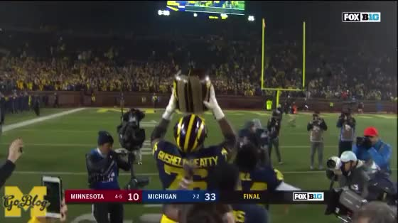 Watch and share Little Brown Jug GIFs and Kareem Walker GIFs by MGoBlog on Gfycat