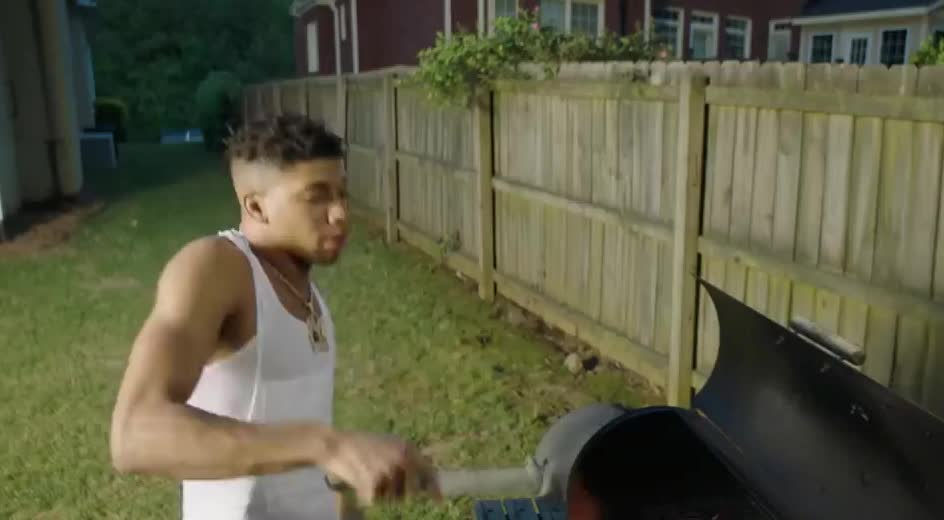 accident, barbeque, bbq, blueface, burn, choppa, epic, fail, fall, feat, fire, flow, ft, nle, omg, on, oops, remix, sausage, shotta, NLE Choppa - Shotta Flow Remix ft. Blueface GIFs
