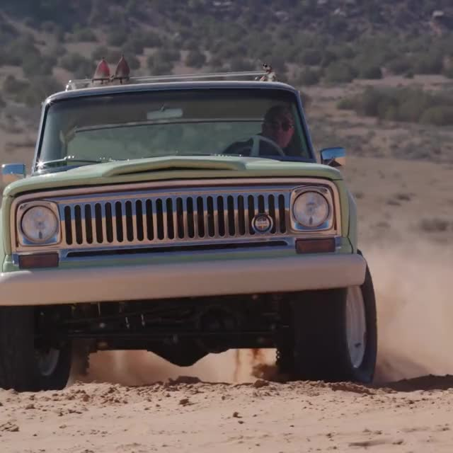 Watch and share Jeep GIFs by Ice Cream Goya 55009 on Gfycat