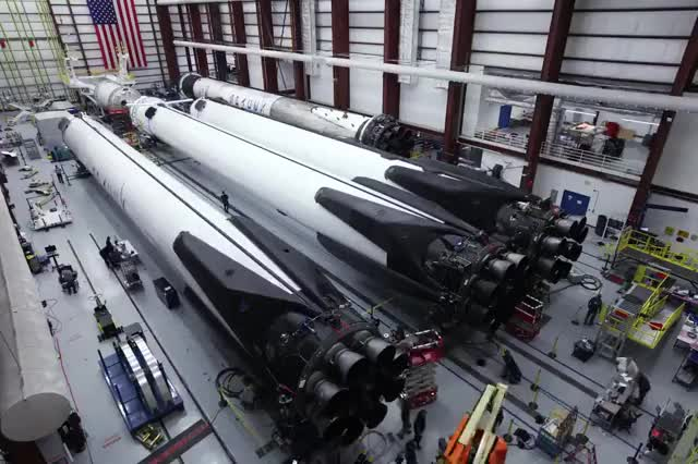 Watch Falcon Heavy GIF by @nehkara on Gfycat. Discover more Falcon Heavy, SpaceX GIFs on Gfycat