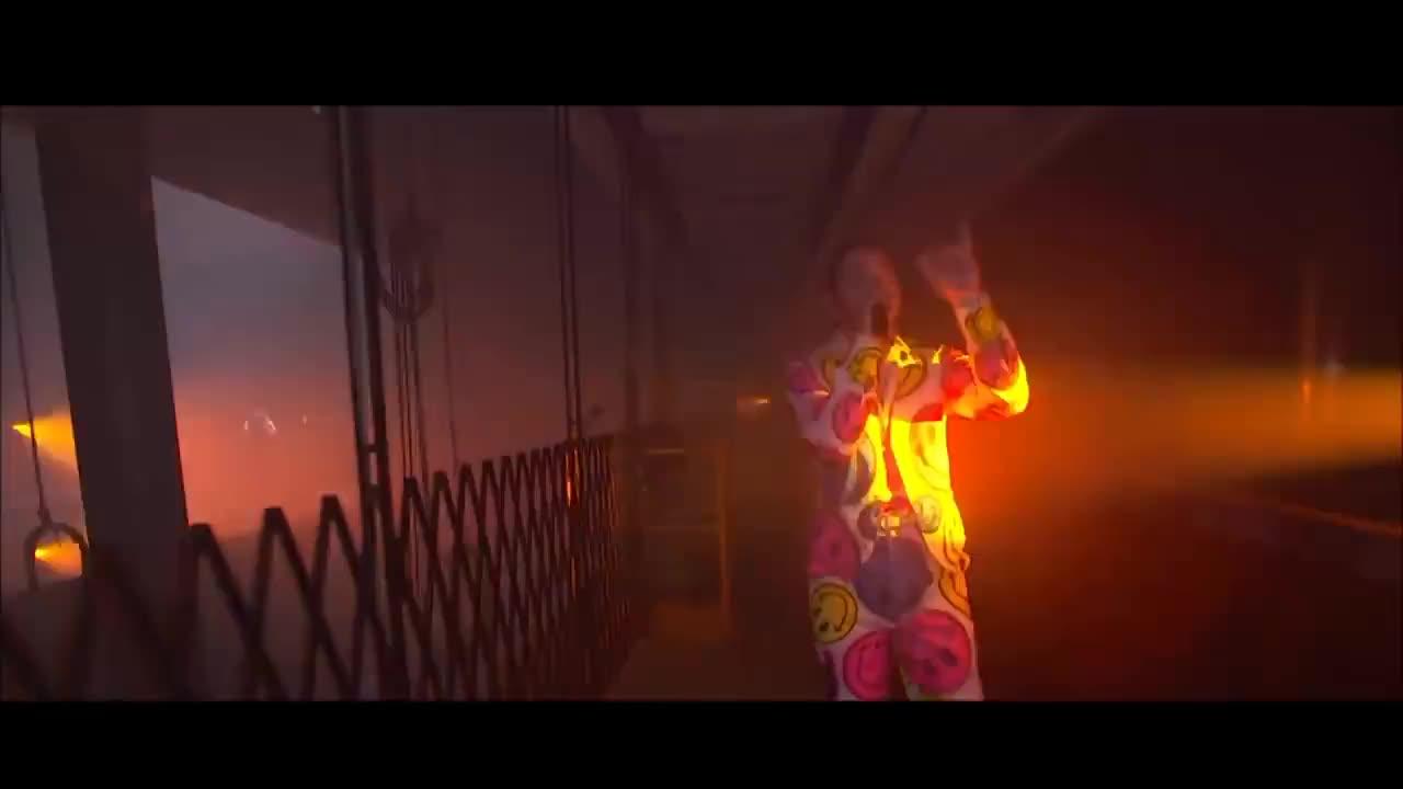 MTV, Rockstar, aerosmith, fashion, mtv, post malone, rockstar, vanguard, vma, vmas, Post Malone & Aerosmith ft. 21 Savage Perform 'Rockstar' / 'Dream On' & More!   2018 MTV VMAs GIFs