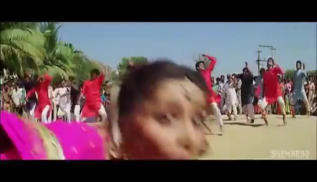 Watch and share Din Me Kehti Hai - Amaanat - Akshay Kumar - Heera Rajgopal - Alka Yagnik - Kumar Sanu GIFs on Gfycat