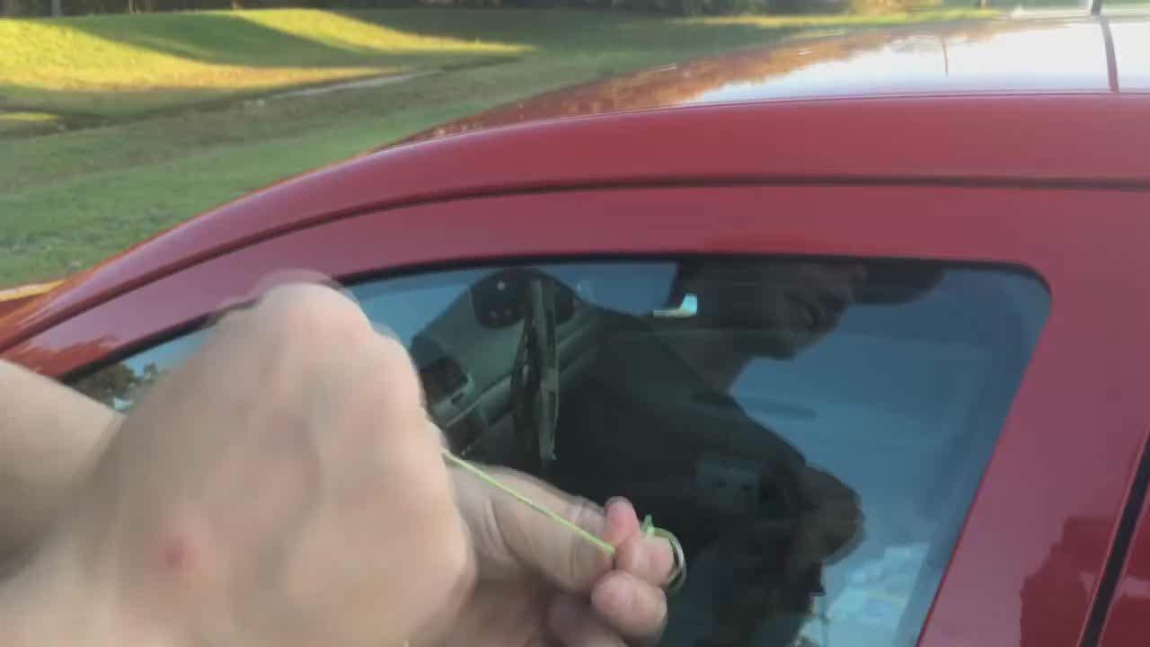 gifs, lockpicking, How to unlock a car with a string (reddit) GIFs