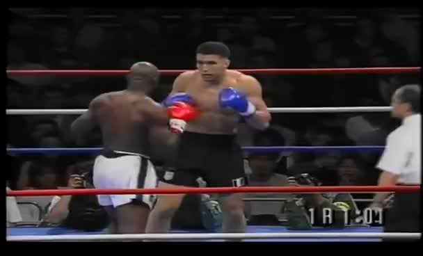 Jérôme Le Banner vs Ernesto Hoost - 18/10/1996 (Full Fight) GIFs