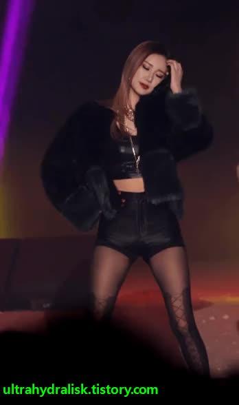 Watch LE GIF by  움짤저장소 (@malmang) on Gfycat. Discover more EXID, LE, korean girl, kpop GIFs on Gfycat