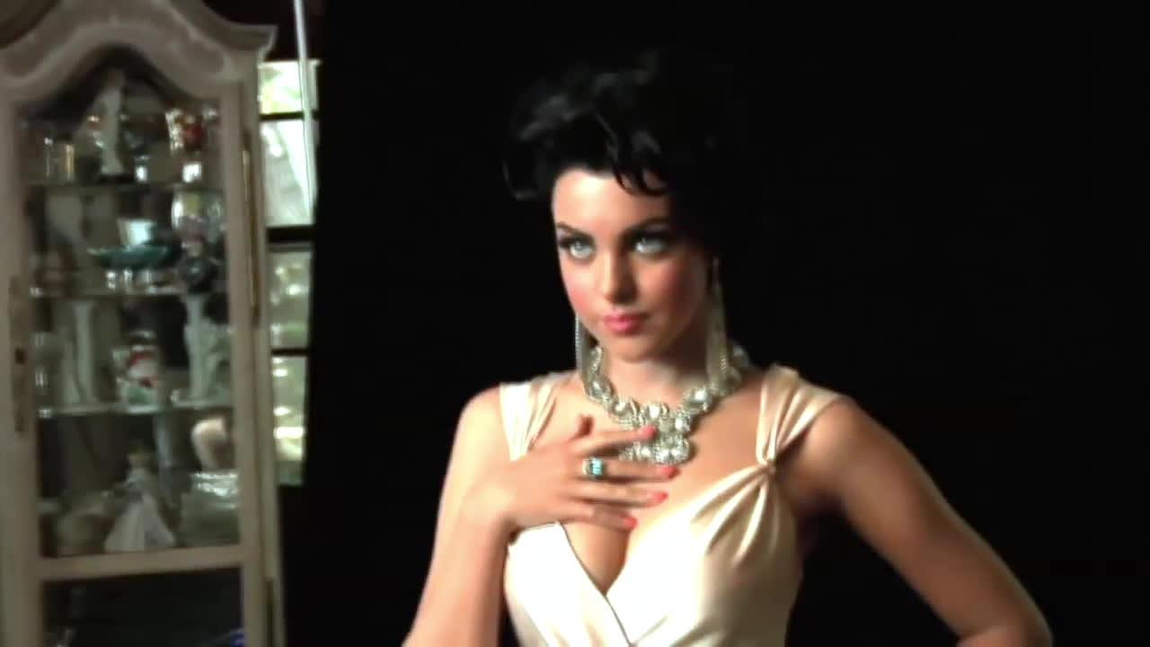 Celebs, gentlemanbonersgifs, lizgillies, Liz Gillies - Classy GIFs