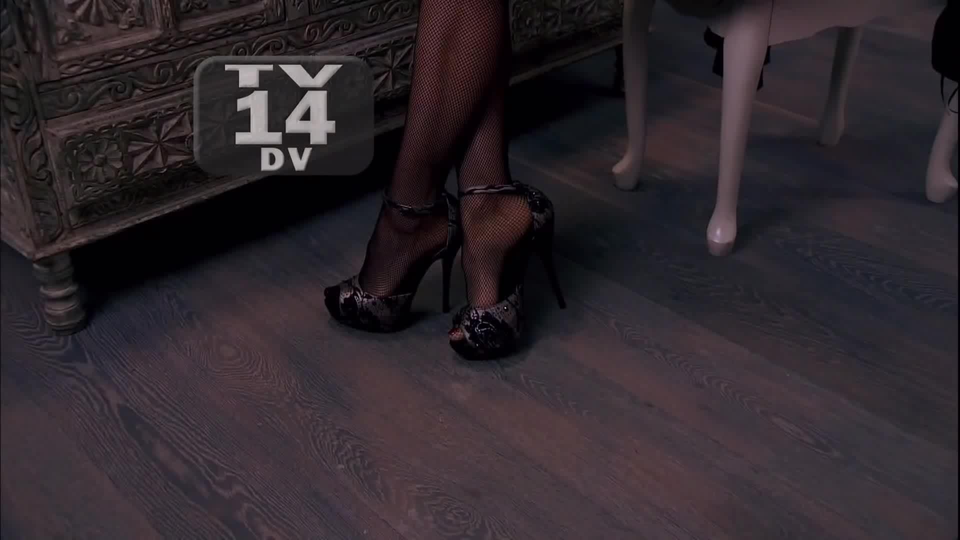 TVCapsHD, gentlemanbonersgifs, newsbabes, Aracely Arambula - La Patrona 2013/03/07 HD; lingerie GIFs