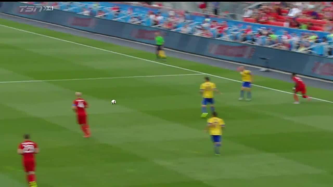tfc, Sebastian Giovinco Goal (1) vs. Colorado GIFs