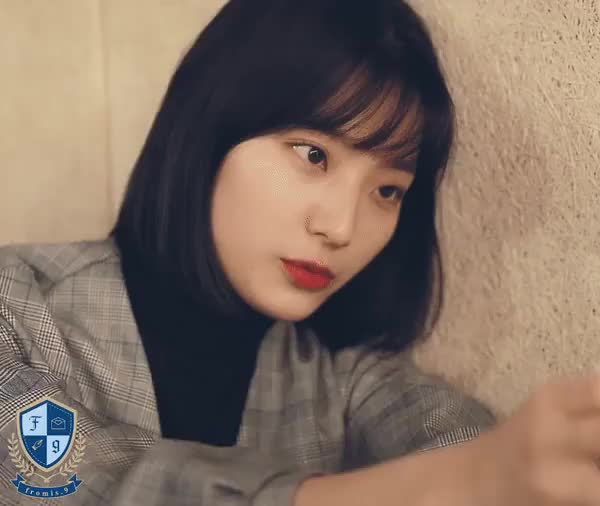 Watch and share Fromis9 GIFs and Saerom GIFs on Gfycat