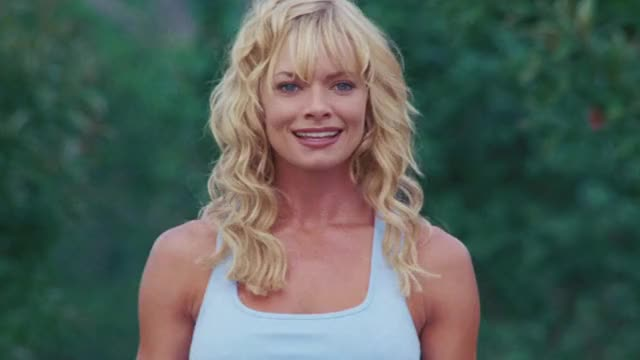 Watch and share Dead Or Alive GIFs and Jaime Pressly GIFs by MikeyMo on Gfycat
