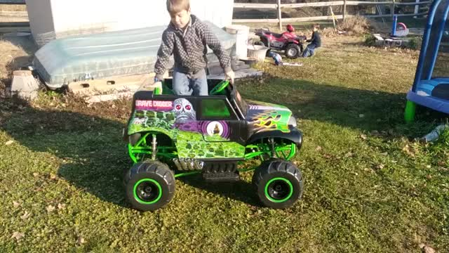 Watch and share 24v Grave Digger W/ Soft Springs Upgrade GIFs by ggallo on Gfycat