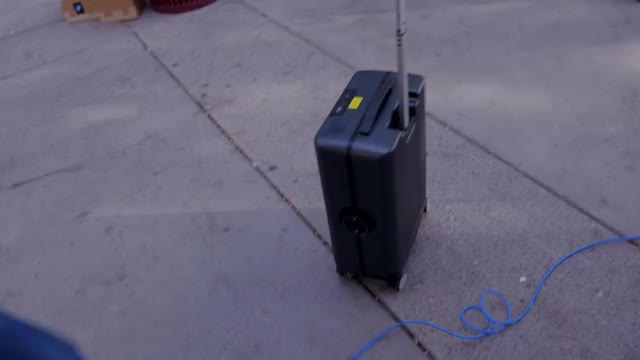 Watch Autonomous Suitcase GIF by @dhshawon on Gfycat. Discover more 2017, ces, ces 2017 GIFs on Gfycat