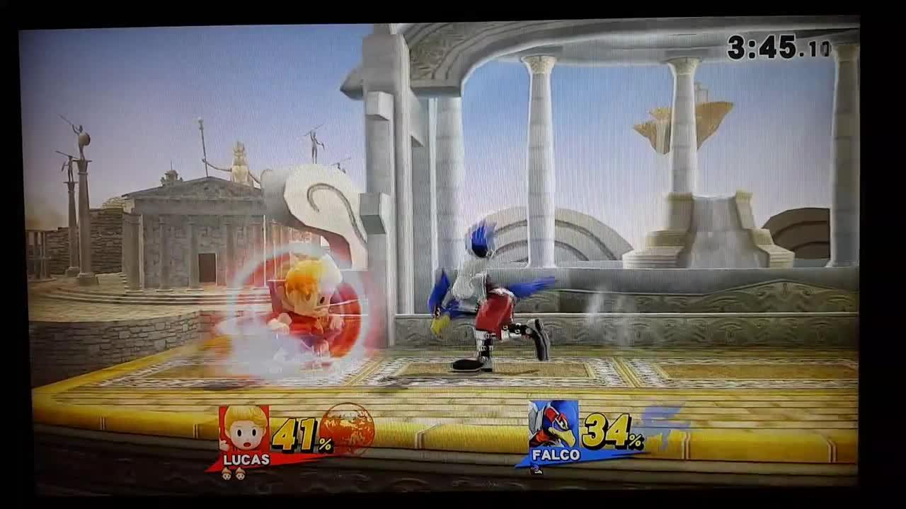 CHIP(Lucas) vs kite(Falco) (reddit) GIFs