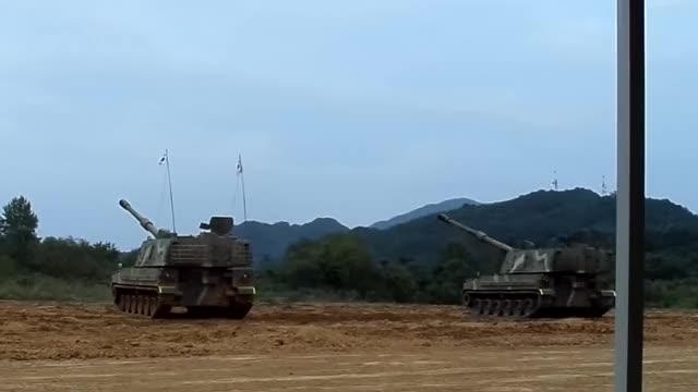 Watch and share Artillery GIFs by rokarmedforces on Gfycat
