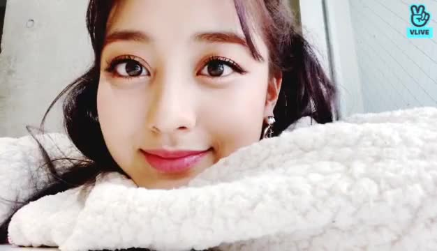 Watch and share Jihyo GIFs on Gfycat