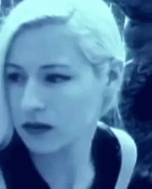 Watch this GIF on Gfycat. Discover more d'arcy wretzky, d'arcy wretzky gif, darcy wretzky, my gif, rhinoceros, smashing pumpkins, the smashing pumpkins, tsp gif GIFs on Gfycat