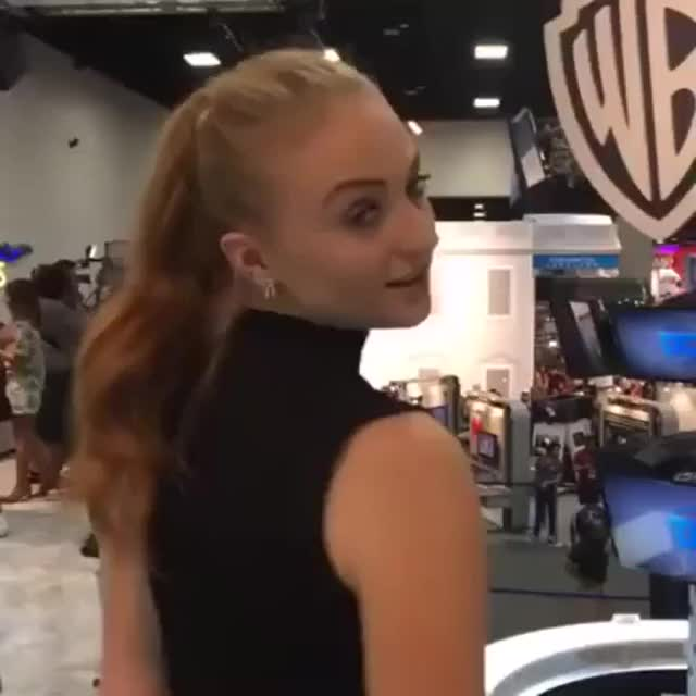 sophie Turner giving the eyes