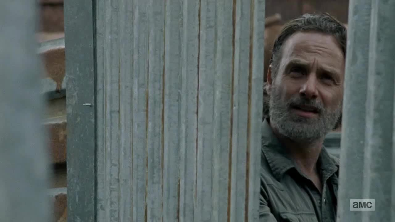 andrew lincoln, Rick pops a Gimple GIFs