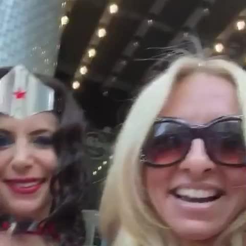 #supergirl #supergirlfans #comiccon #hardrockcafe #dccomics #superheros #blondeambition #wonderwoman #hollywood #superman GIFs