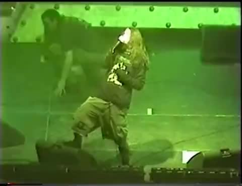 PANTERA - Live in Minneapolis 02.20.2001 - High Quality - Full Concert GIFs