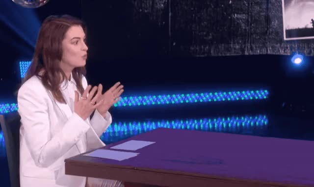 Watch this anne hathaway GIF by GIF Queen (@ioanna) on Gfycat. Discover more afraid, anne, degeneres, ellen, epic, fear, funny, god, hathaway, horrified, lol, my, no, oh, omg, scare, scared, scream, surprise, table GIFs on Gfycat