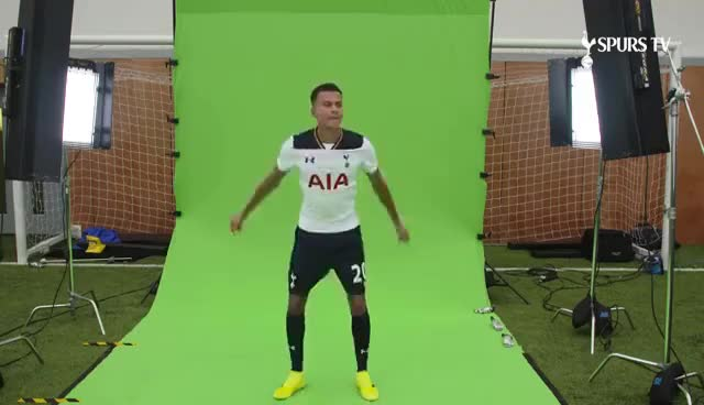 Walk up wonders | ft Dele Alli & Harry Kane