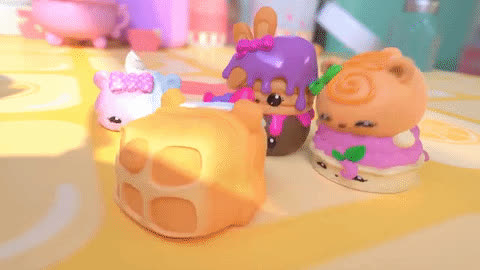 #oh no, #omg, #scared, Num Noms Snackables GIFs
