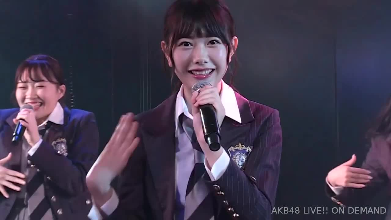 akb48, chiba erii, team a, Chiba Erii wink [AKB48 Team A - Zutto Zutto] GIFs