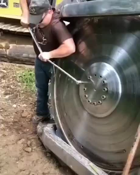 Thats one tight screw
