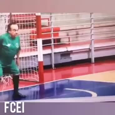 Watch and share [Chile] Luis Dimas Arquero GIFs on Gfycat