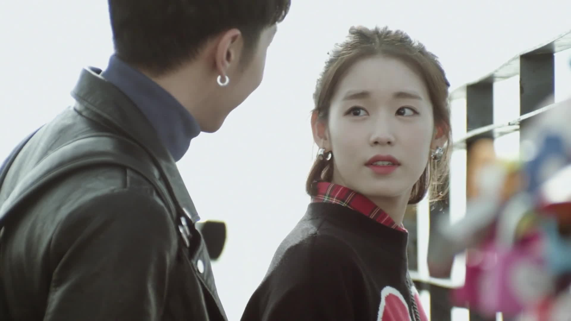 1001 biểu cảm fan chỉ có thể xin chết với KEY (MONSTAR) trong MV quay tại Hàn