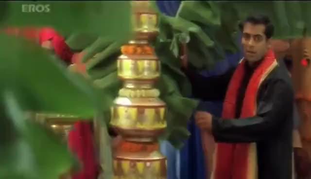 Watch Aishwarya GIF on Gfycat. Discover more aishwarya rai, bollwood GIFs on Gfycat