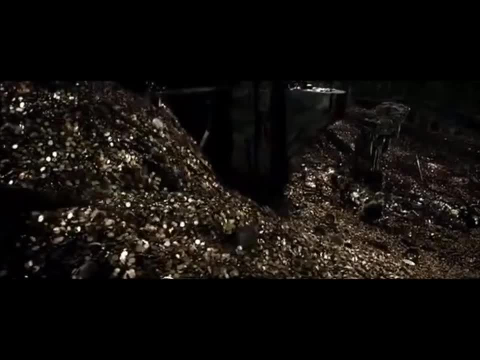 people & blogs, smaugthemighty, Hobbit : Bilbo/Smaug -Smaug wakes up Part 1/2 GIFs