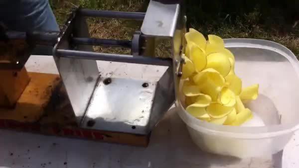 reversegif, Making a potato (reddit) GIFs