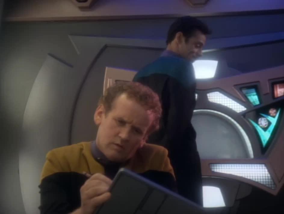 Star Trek: DS9, We finally meet the real man behind the comic GIFs
