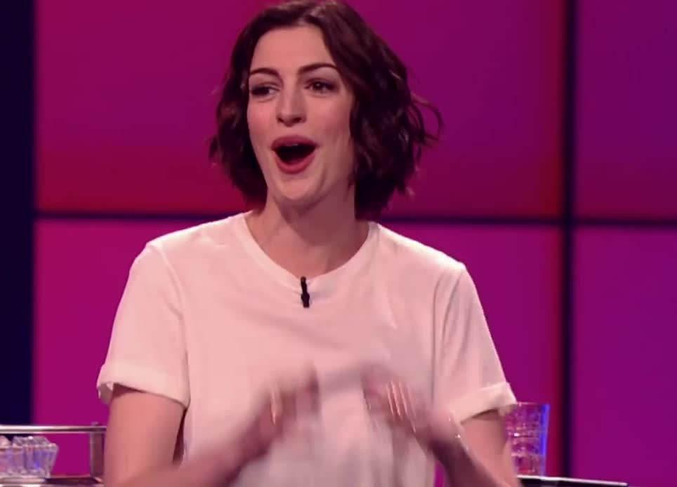anne hathaway, shocked, surprised, Anne Hathaway surprised GIFs