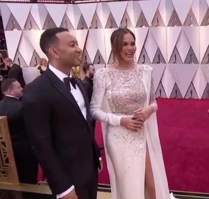 Watch this oscars GIF by Vera Yuan (@verbear) on Gfycat. Discover more oscars, oscars2017, redcarpet GIFs on Gfycat