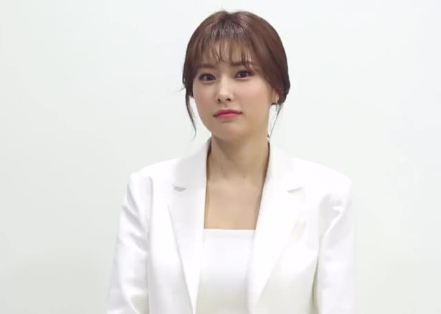 Watch and share Kang Hyewon GIFs and Iz One GIFs by justin on Gfycat